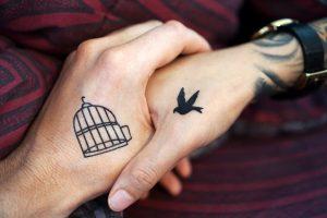 tatuaggi di coppia amore piccoli