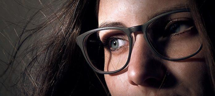 trucco per chi porta gli occhiali